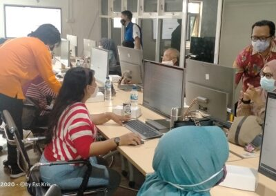 Dinas Kominfo Kota Madiun Fasilitasi Forum KIM dan RTIK Madiun Belajar Bersama Pembuatan Website Landing Page