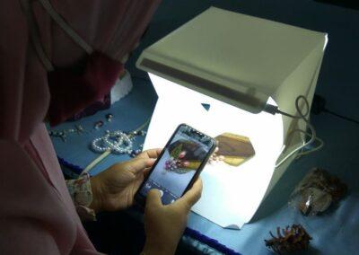 OpenMadiun Bersama KIM Pangongangan adakan Sinau Bareng Fotografi Produk UMKM